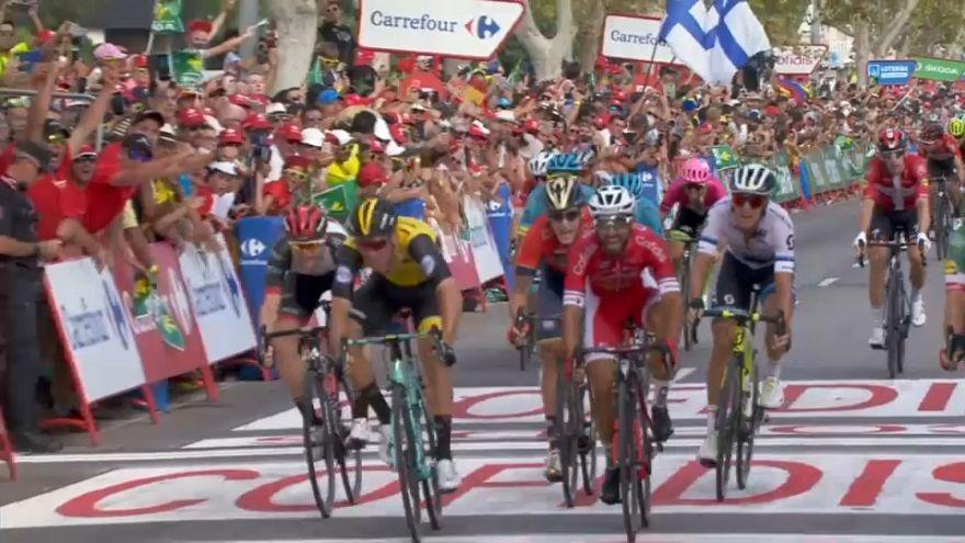 Nacer Bouhanni reverdece laureles en la Vuelta a España