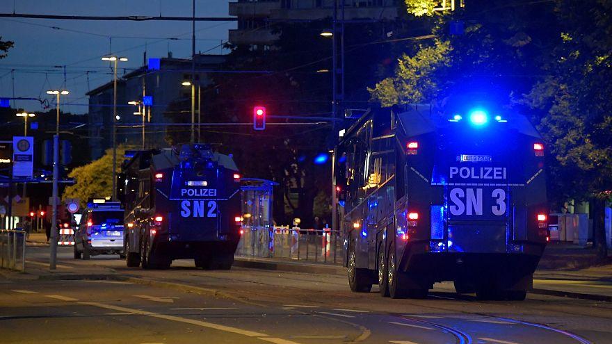 پلیس آلمان: با تظاهرات مهاجرستیزان مقابله میکنیم