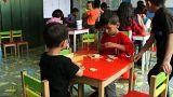 Les enfants réfugiés à l'école européenne
