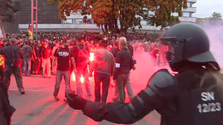 Fremdenhass: Von Hoyerswerda bis Chemnitz