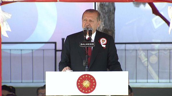 """إردوغان: سنشتري صواريخ """"إس-400"""" بأسرع وقت ومقاتلات متطورة وتقلب الليرة سيزول"""