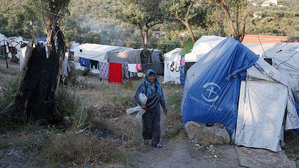 Έκκληση του ΟΗΕ για μεταφορά των προσφύγων στην ηπειρωτική χώρα