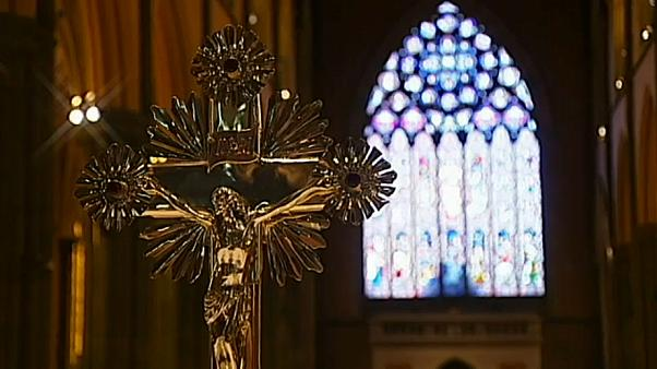 Igreja australiana recusa quebrar sigilo confessional em caso de abusos sexuais