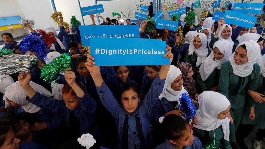 Niños pñaestinos de una escuela de Naciones Unidas