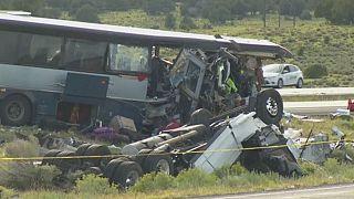Sekiz kişinin öldüğü kaza sonrası ikiz doğurdu