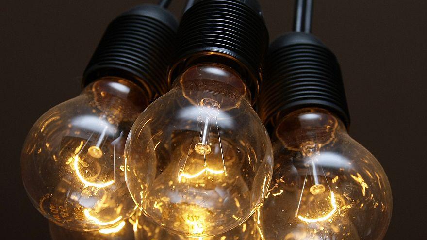 EU's ban on halogen bulbs takes effect