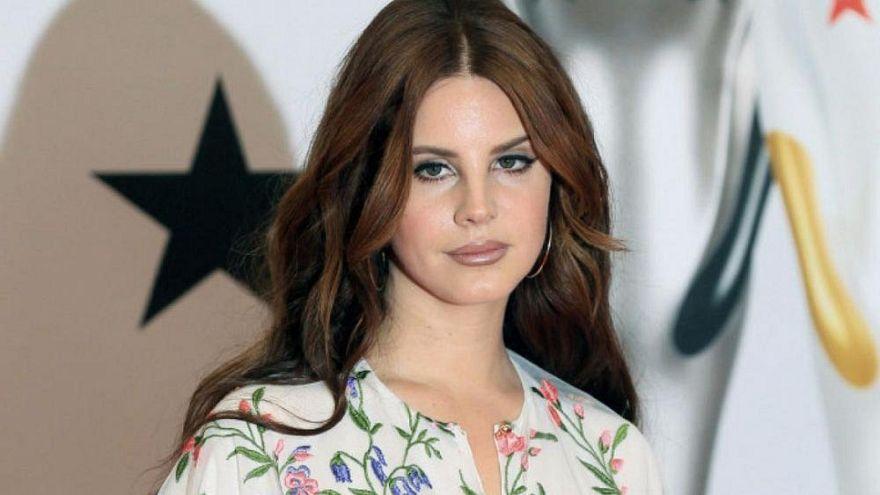 Amerikalı Müzisyen Lana Del Rey tepkiler sonrası İsrail konserini iptal etti