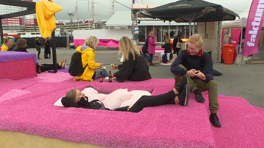 شاهد: بسبب التحرش، مهرجان موسيقي للنساء فقط في السويد