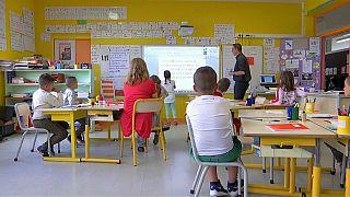 Back to school: il primo giorno di scuola per milioni di studenti