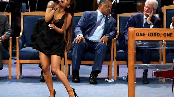 Trauerfeier für Aretha Franklin: Geistlicher entschuldigt sich bei Ariana Grande
