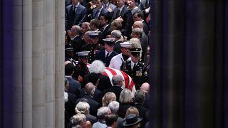 Washington, i funerali di John McCain