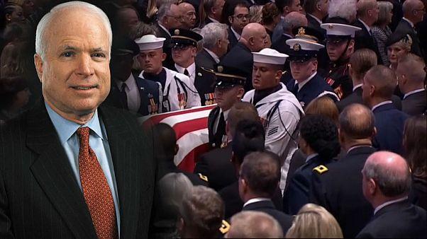 Abschied von US-Senator John McCain