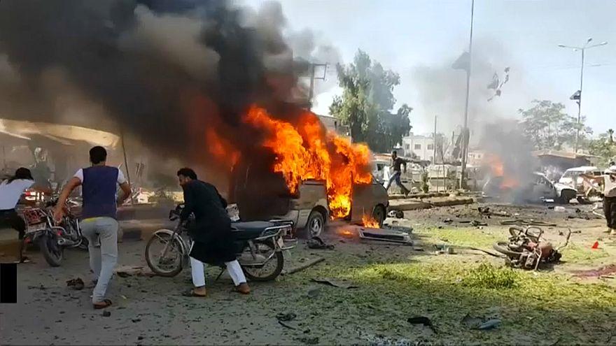 شاهد: قتيل وجرحى بانفجار سيارة مفخخة في أعزاز شمال سوريا