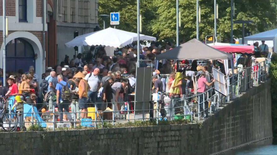 شاهد: انطلاق أكبر سوق خردوات في أوروبا يعود تاريخه إلى العصور الوسطى
