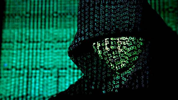 Mısır'dan internete sıkı takip: Yasaklı sitelere girenlere hapis cezası