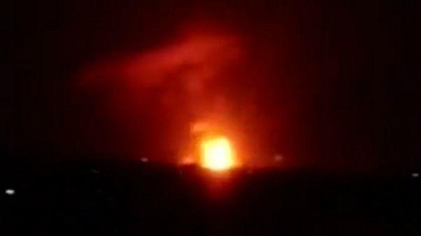 وقوع چندین انفجار شدید در یک پایگاه نظامی سوریه