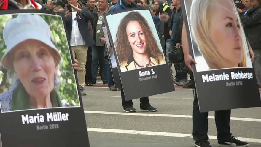 مواجهات واعتقالات خلال مظاهرات في ألمانيا لمناهضي الفاشية ومؤيدي اليمين المتطرف