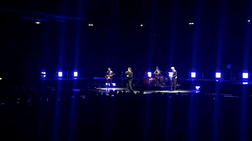 U2 konseri iptal: Berlin'de Bono'nun sesi tamamen kısıldı
