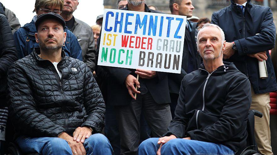 Chemnitz: Bürger gehen gegen Fremdenhass auf die Straße