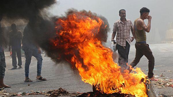 یمن؛ بحران اقتصاد و ارز معترضان را به خیابانهای عدن کشاند