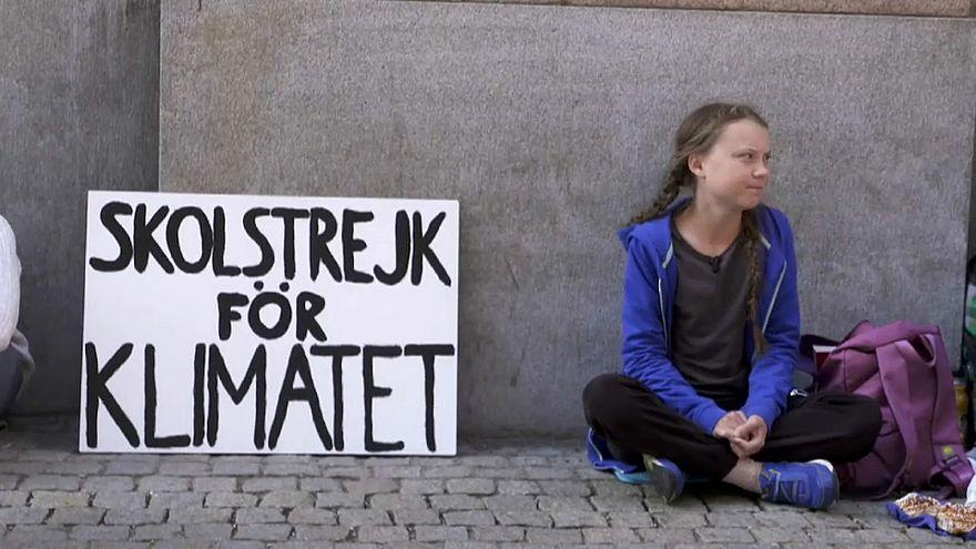 Une collégienne suédoise fait grève pour le climat