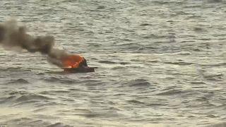 """فيديو: إسرائيل تواجه """"المسير البحري السادس"""" بالنار والقنابل المسيلة للدموع"""