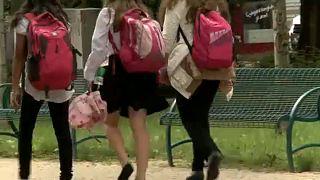 Magyar gyermekek külföldi örökbefogadása