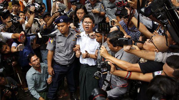 Myanmar'da iki Reuters muhabirine 7'şer yıl ceza
