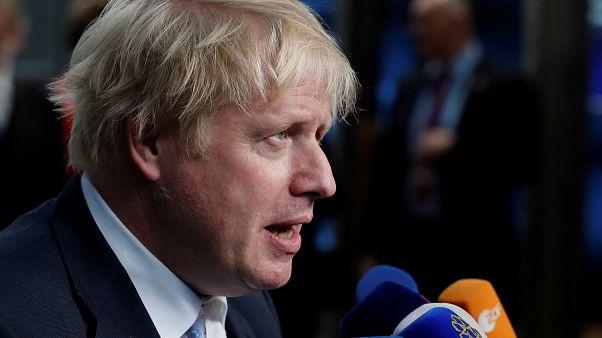 """Johnson se posiciona como """"mejor enemigo"""" de May"""