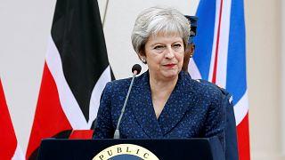 Theresa May está debaixo de fogo