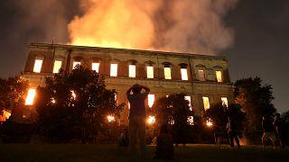 Brasil llora por la destrucción de su museo más antiguo, arrasado por un incendio