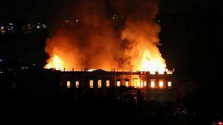 Leégett a riói brazil nemzeti múzeum