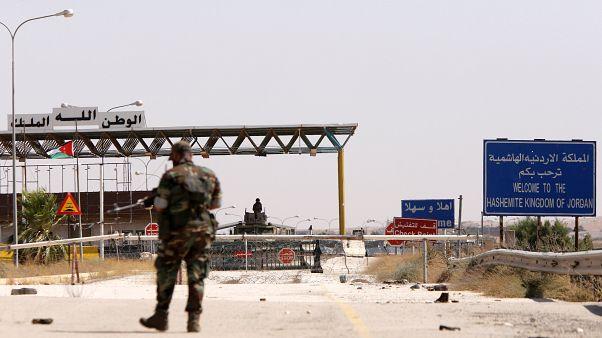 «دستکم یک ایرانی در حمله هواپیماهای ناشناس به جنوب سوریه کشته شد»