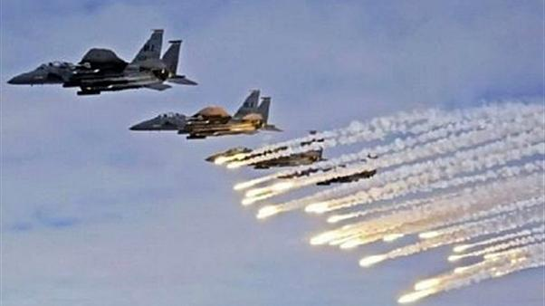 مقتل 8 مسلحين موالين للنظام السوري في غارة جوية