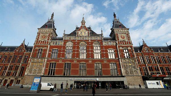 ایستگاه مرکزی قطار آمستردام - هلند
