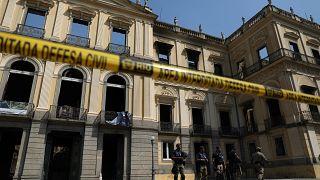 Brasile: in fiamme il Museo Nazionale di Rio. Danni incalcolabili.