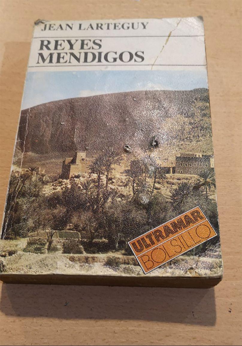 Librería Cien Cañones