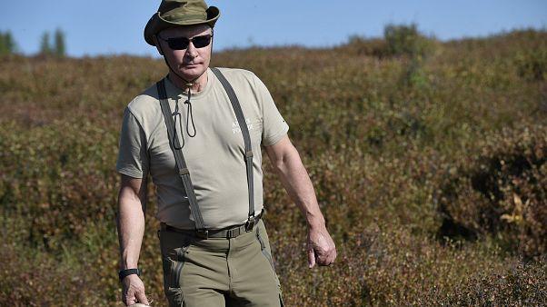 Popolarità in calo, TV pubblica lancia un programma in cui si elogia Putin