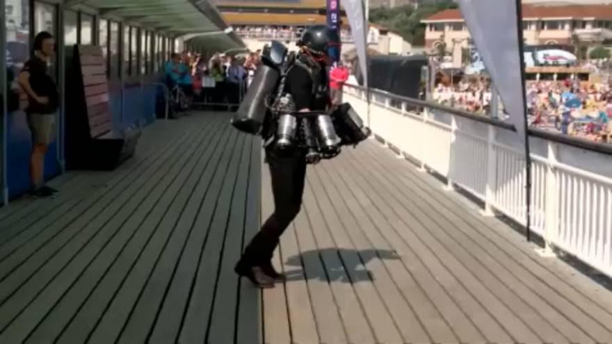 Watch: Jet suit pilot makes splash at Bournemouth Air Show