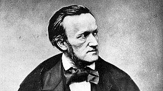 İsrail: Hitler'in gözde bestecisi Wagner'in eserini yayınlayan radyo özür diledi