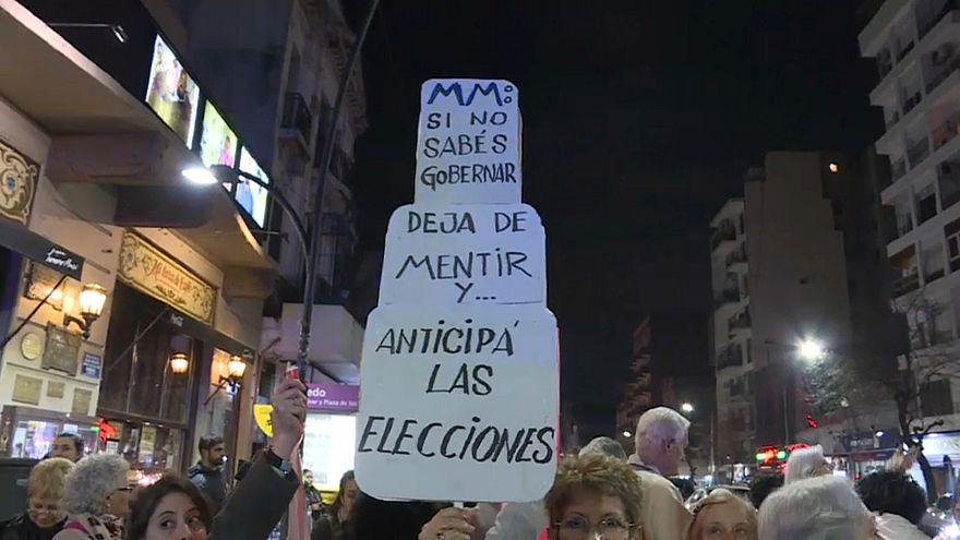 Caceroladas en Argentina contra el plan de austeridad