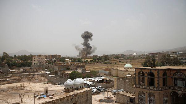 Humo tras el ataque de la coalición Saudí el mes pasado en Saada