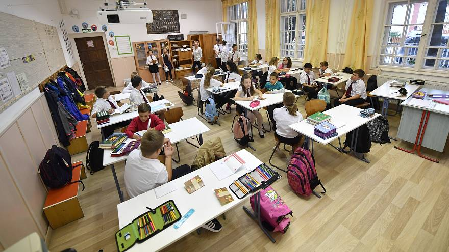 A 6.c osztály tanulói a dunaharaszti II. Rákóczi Ferenc Általános Iskolában