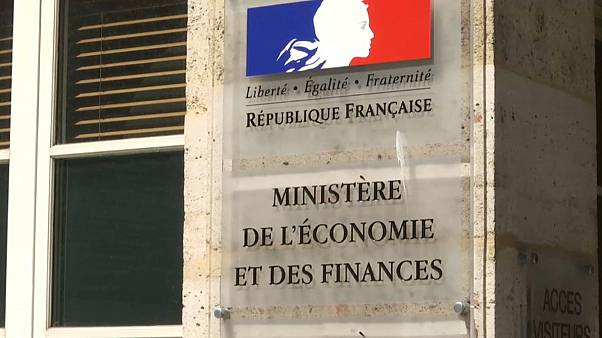 Lohnsteuer: Franzosen würden sie lieber auch jeden Monat loswerden