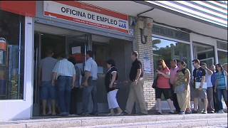 La creación de empleo se agosta en España