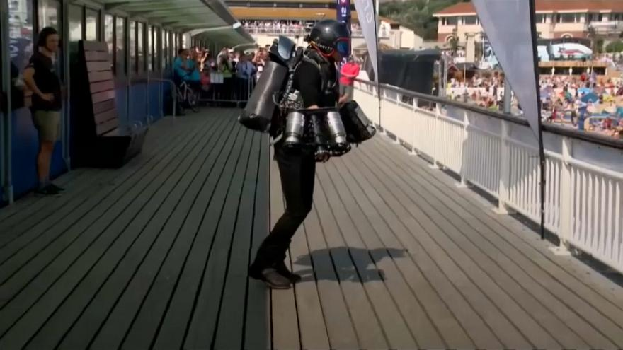 Records fly at Bournemouth jetsuit spectacle