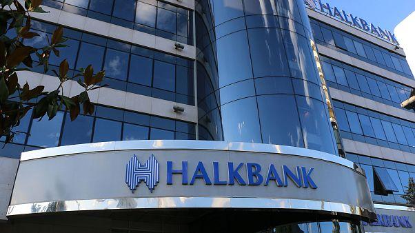 Halkbank: Hatalı kurda sorun içeride mi dışarıda mı?