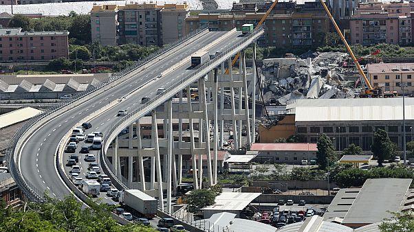 فتح التحقيق رسميا في حادث انهيار جسر جنوة الإيطالي