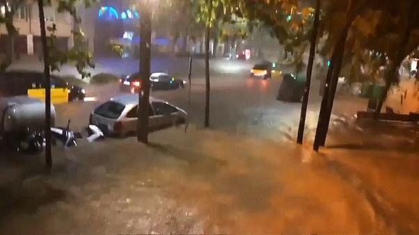 Barcelona nach Gewitter unter Wasser