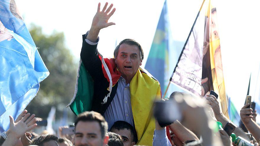 مرشح الرئاسة البرازيلي يائير بولسونارو في العناية المركزة